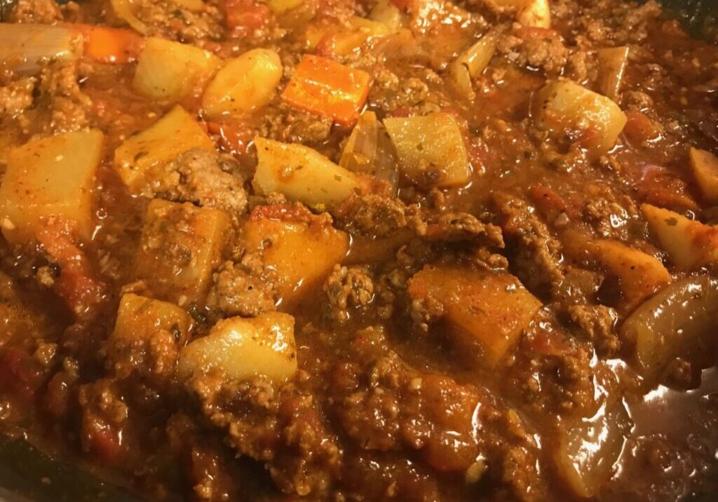 A super fast, super amazing chili recipe that is paleo, whole 30 and gluten free friendly!